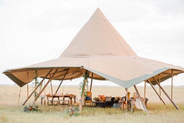 outdoor-wedding-tent